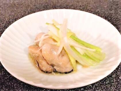 牡蠣のスモークオリーブオイル漬け