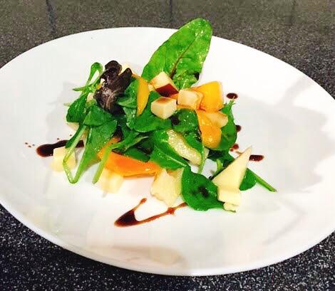 柿とゴーダチーズの前菜