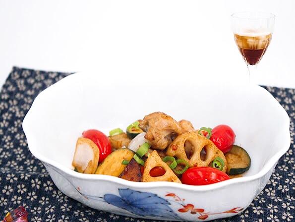 デーツクリームビネガーの鶏肉と根菜炒め