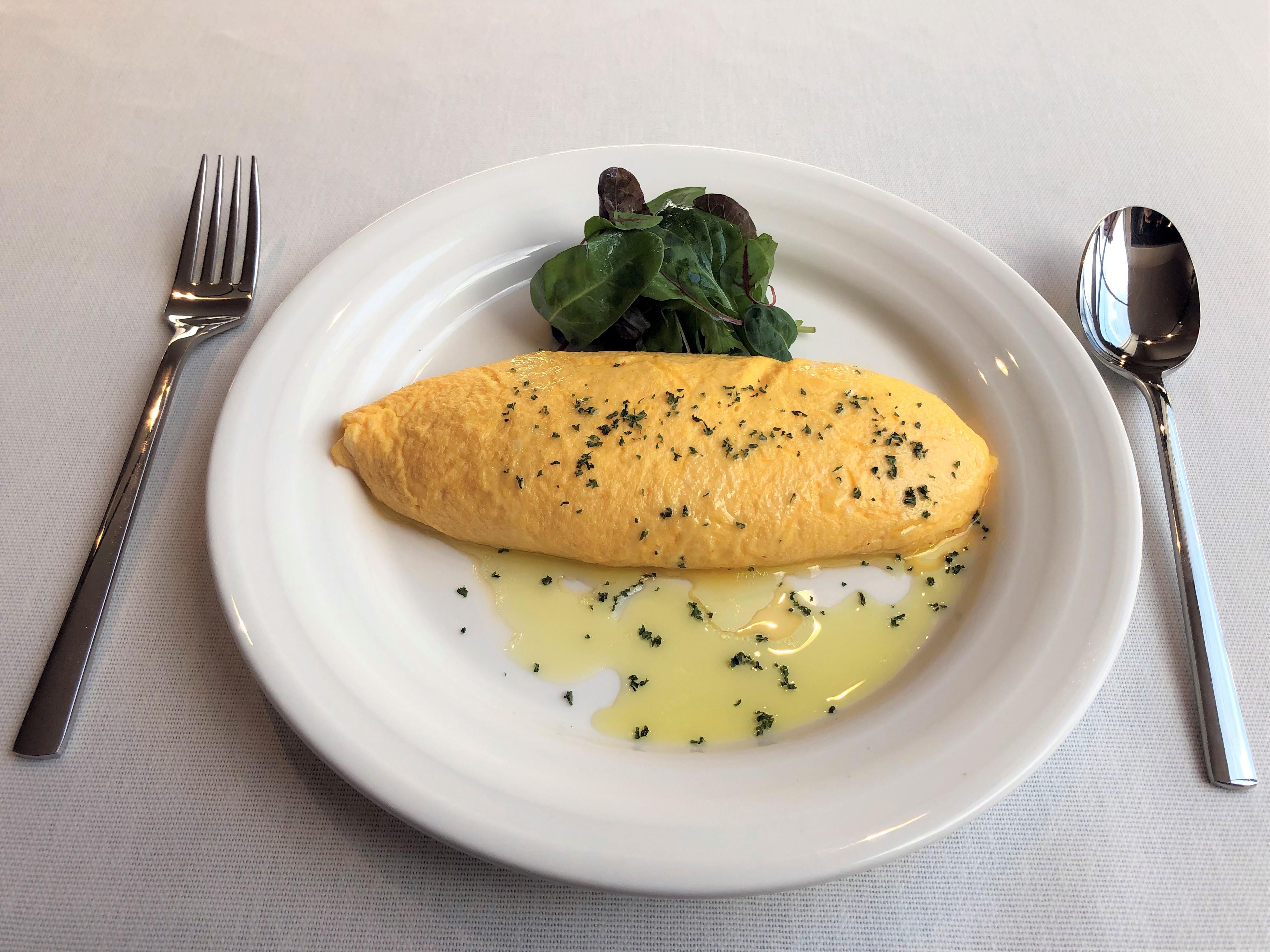 チーズオムレツ   黒トリュフオリーブオイルかけ