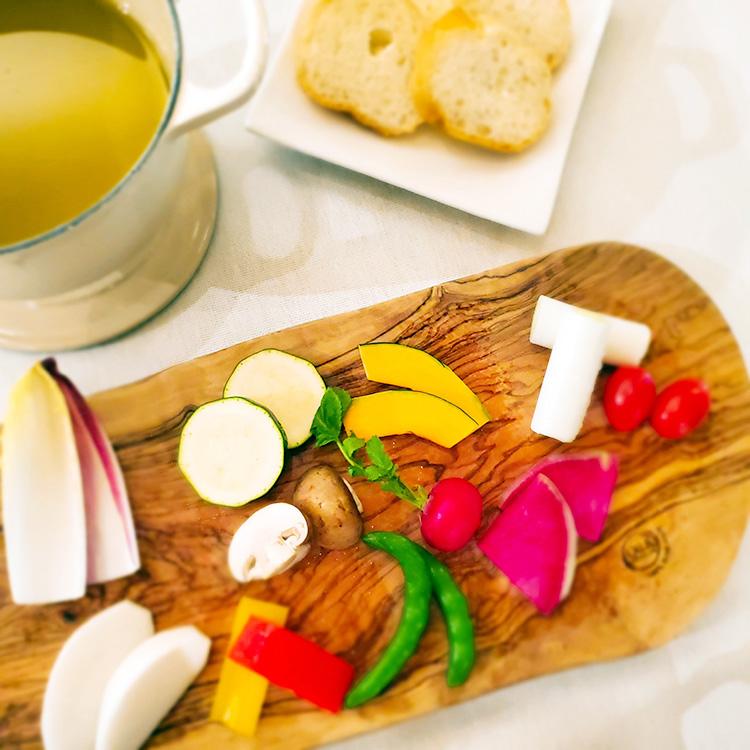 季節野菜のオイルフォンデュ