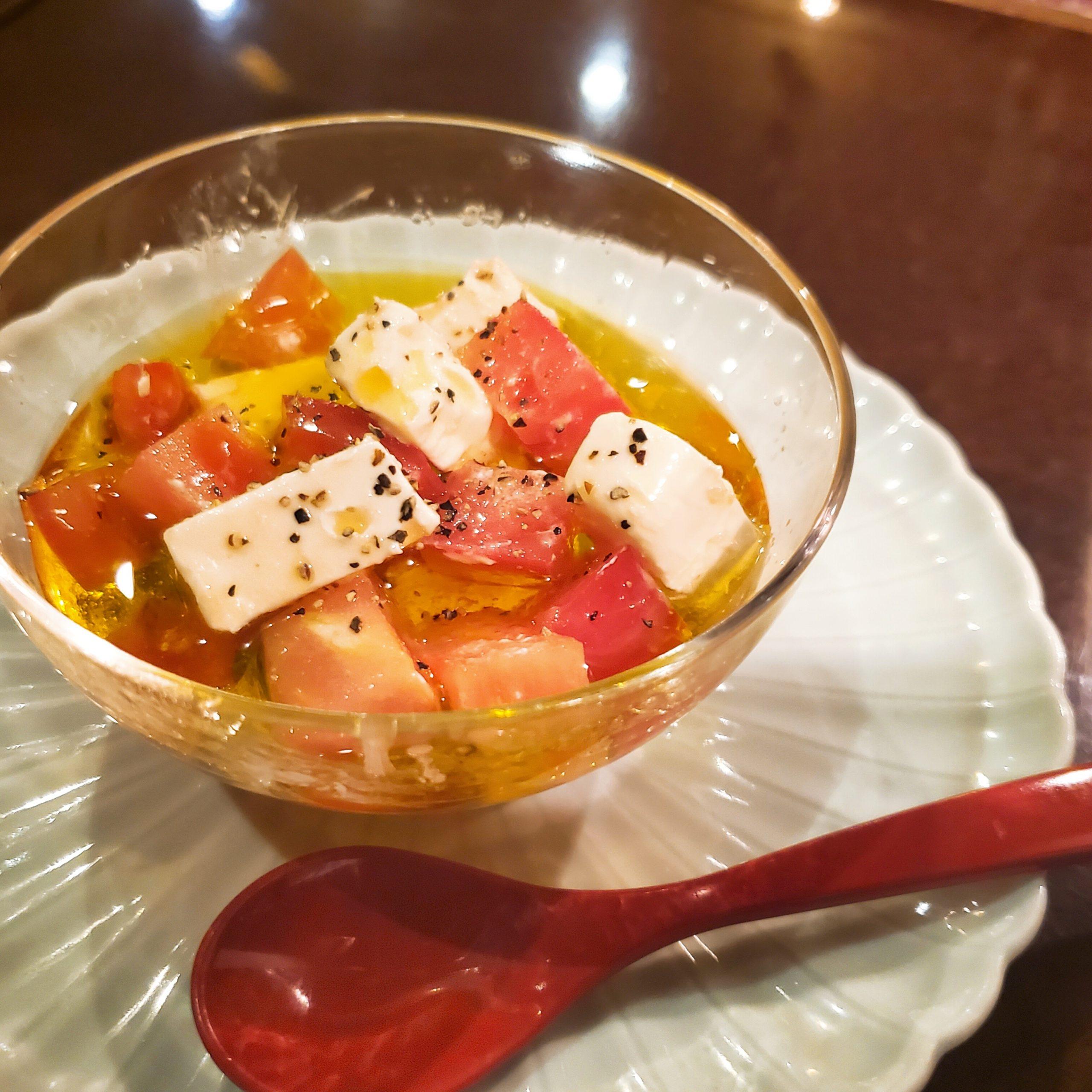 クリームチーズとトマトのオイル漬け