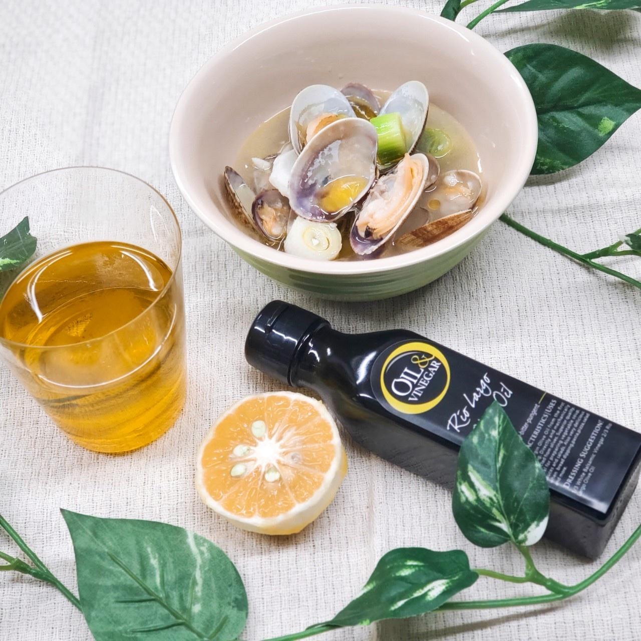 アサリの白ワイン蒸し 柚子オリーブオイル