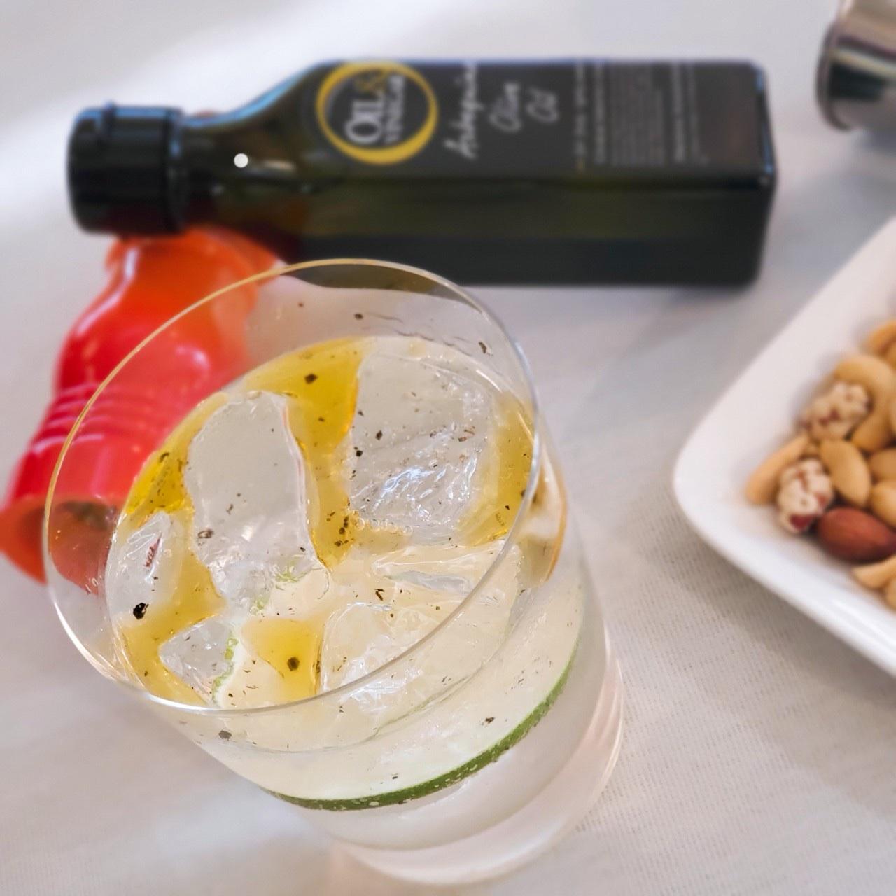 オリーブオイルと味わうジントニック