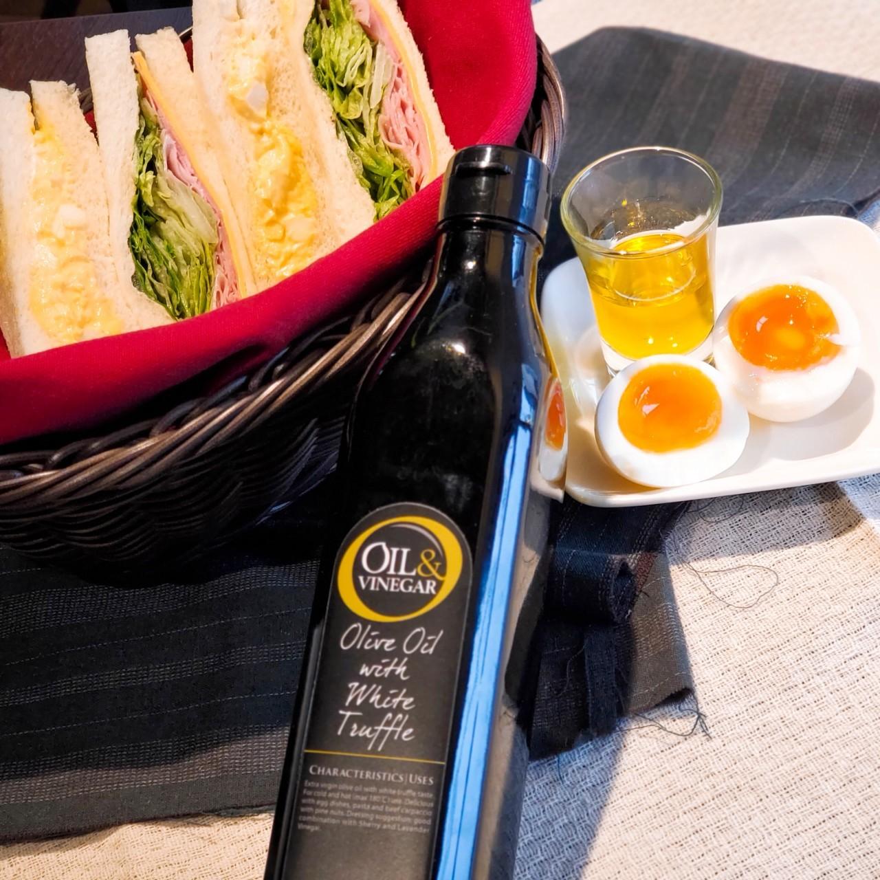 白トリュフオリーブオイルで贅沢サンドウィッチ